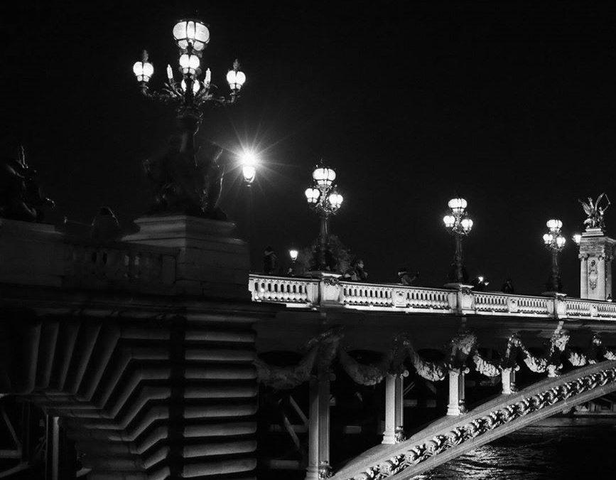 奇妙的巴黎夜店