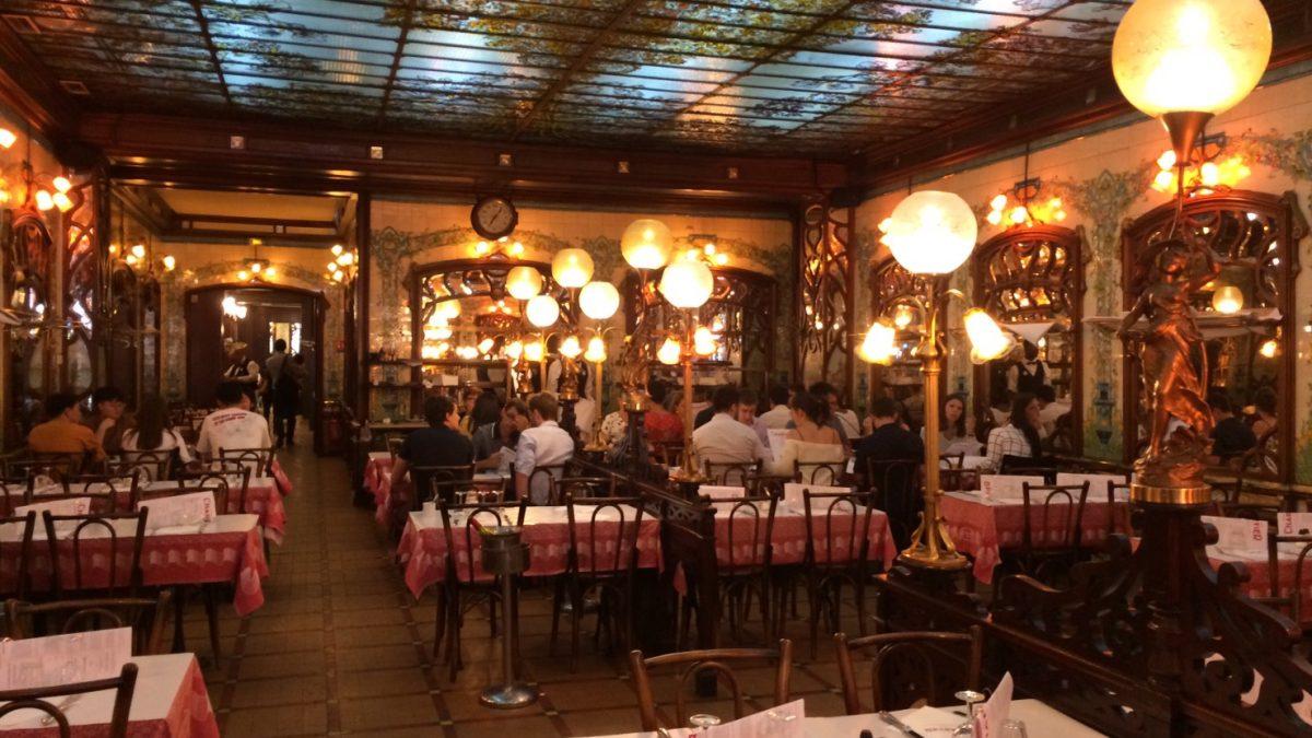 很多巴黎人都愛的餐廳種類「Bouillon」:華麗、平價、傳統家常菜